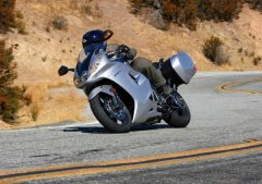 2011 Triumph Sprint GT : MD Ride Review from Four Different Perspectives