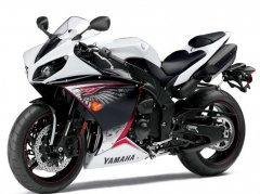 2012 R1 Receives Traction Control and Cosmetic Updates