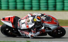 Simoncelli and Spies Fight Over Pole Position at Assen; Rossi Qualifies Way Back in 11th